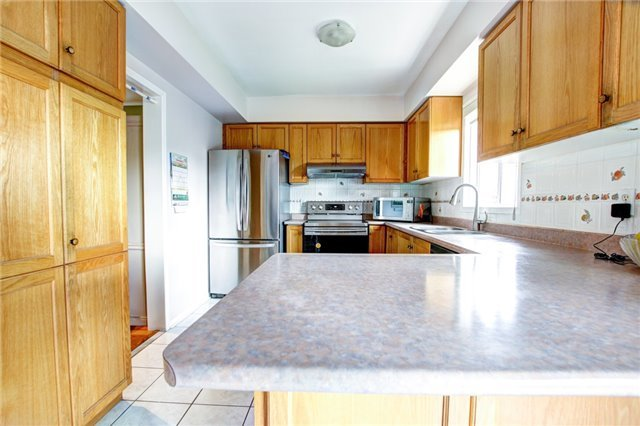 Detached at 6286 Mccovey Dr, Mississauga, Ontario. Image 18