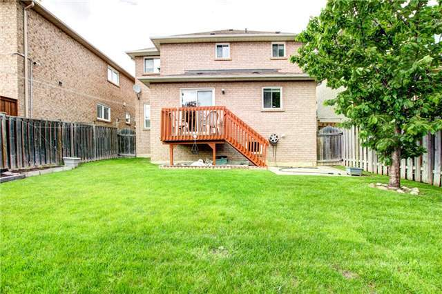 Detached at 6286 Mccovey Dr, Mississauga, Ontario. Image 7