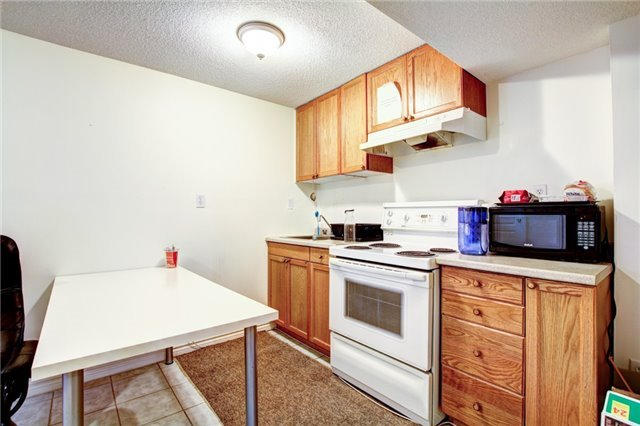 Detached at 6286 Mccovey Dr, Mississauga, Ontario. Image 11