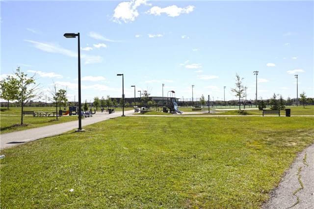 Detached at 59 Sewells Lane, Brampton, Ontario. Image 13