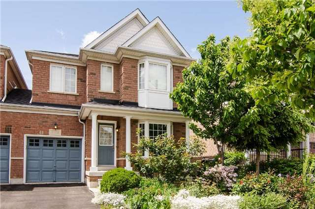 Link at 3104 Hawktail Cres, Mississauga, Ontario. Image 1