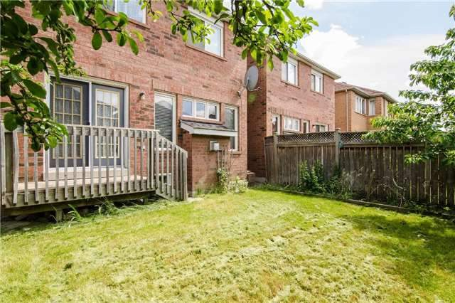 Link at 3104 Hawktail Cres, Mississauga, Ontario. Image 6