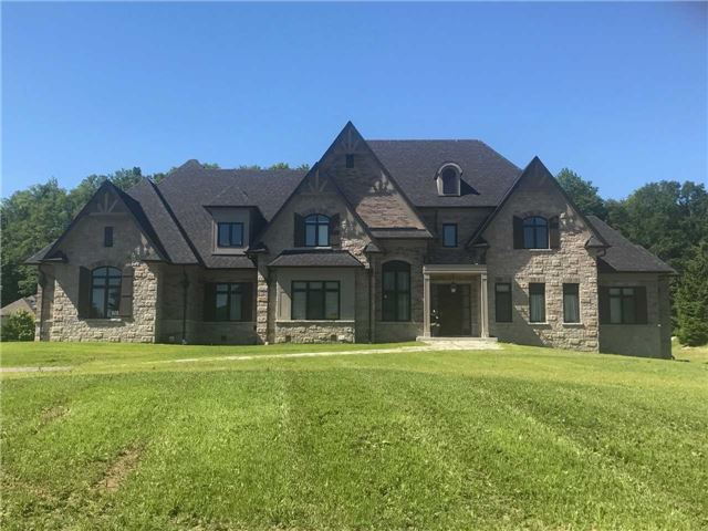 Detached at 36 Mabee Dr, Caledon, Ontario. Image 1