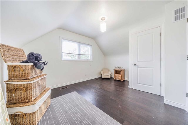 Detached at 35 Coppermill Dr, Toronto, Ontario. Image 3