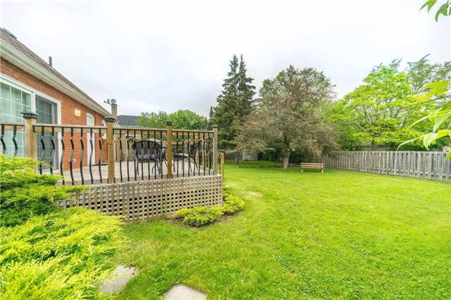 Detached at 35 Coppermill Dr, Toronto, Ontario. Image 11
