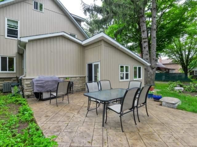 Detached at 8 Maple St, Caledon, Ontario. Image 10