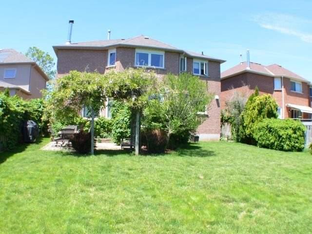 Detached at 176 Elderwood Tr, Oakville, Ontario. Image 7