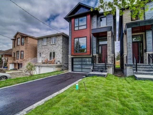 Detached at 119 A Hillside Ave, Toronto, Ontario. Image 12