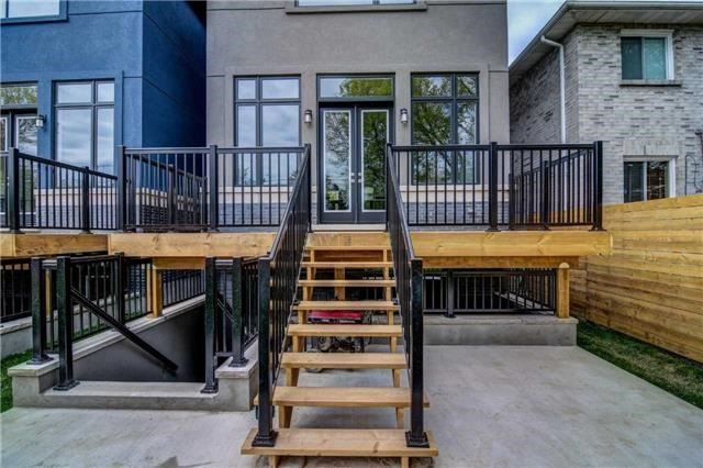 Detached at 119 A Hillside Ave, Toronto, Ontario. Image 11