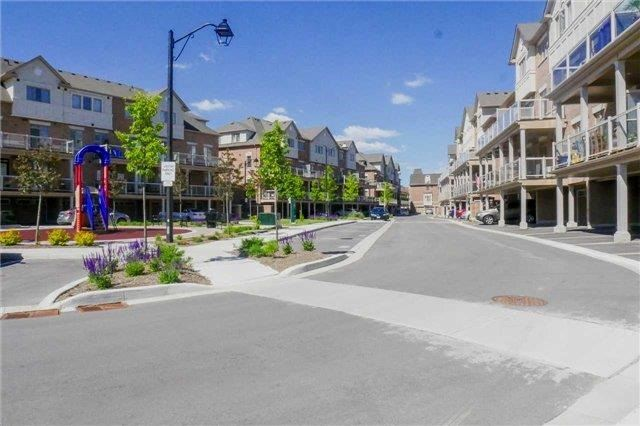 Condo Townhouse at 180 Howden Blvd, Unit 73, Brampton, Ontario. Image 15