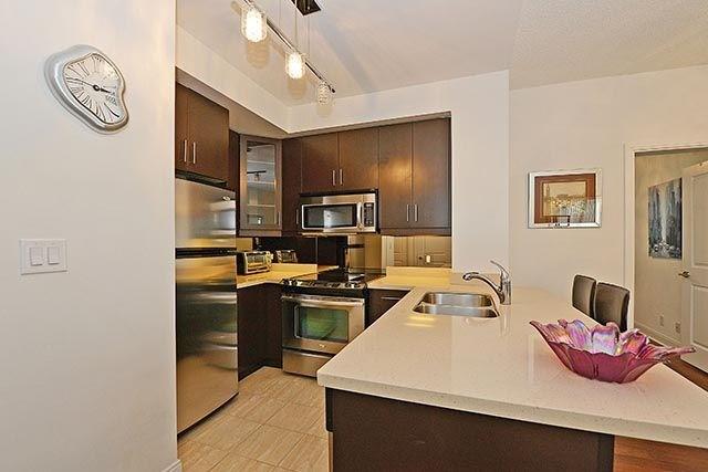 Condo Apartment at 50 Absolute Ave, Unit 2408, Mississauga, Ontario. Image 12