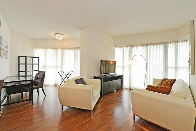 Condo Apartment at 50 Absolute Ave, Unit 2408, Mississauga, Ontario. Image 16