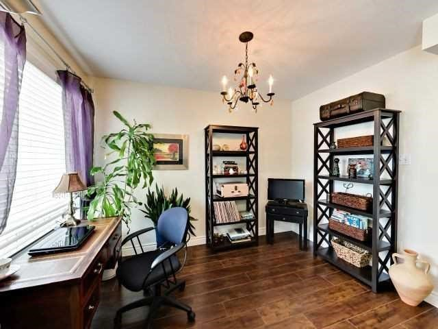 Condo Townhouse at 6679 Shelter Bay Rd N, Unit 64, Mississauga, Ontario. Image 13