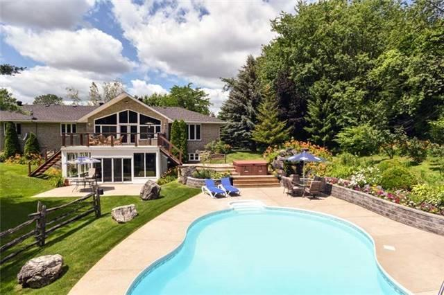 Detached at 6797 Highway 9, Caledon, Ontario. Image 14