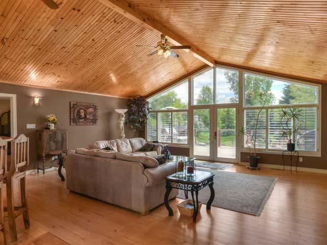 Detached at 6797 Highway 9, Caledon, Ontario. Image 6