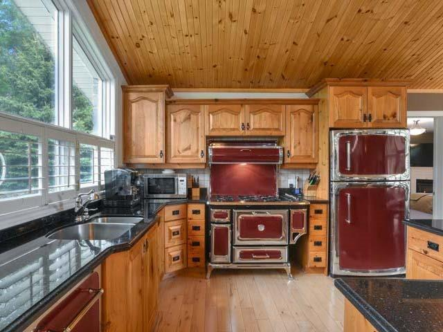 Detached at 6797 Highway 9, Caledon, Ontario. Image 7