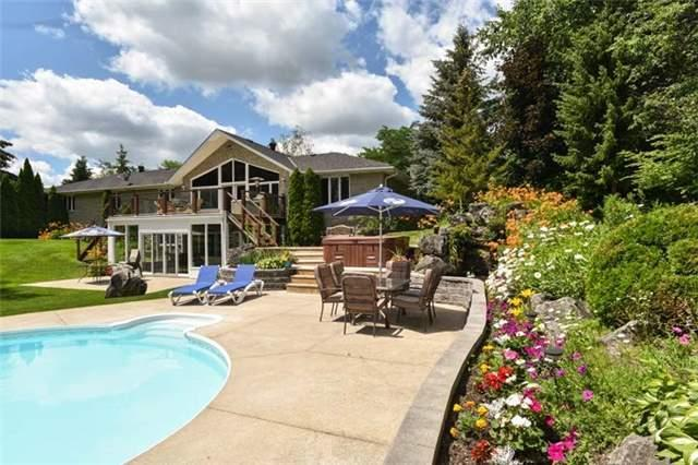 Detached at 6797 Highway 9, Caledon, Ontario. Image 13