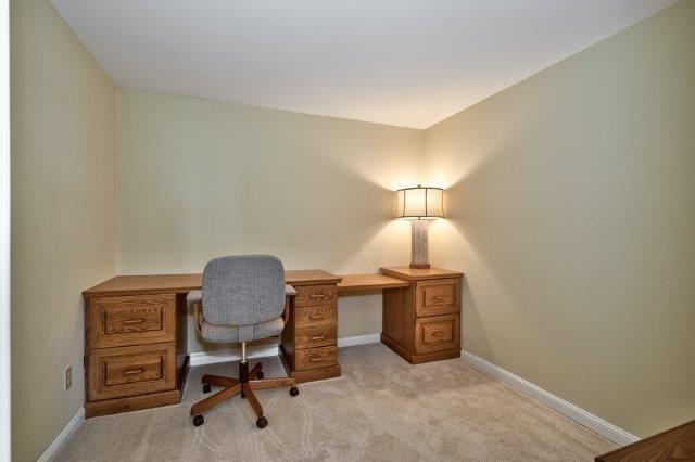 Condo Apartment at 415 Locust St, Unit 1103, Burlington, Ontario. Image 10