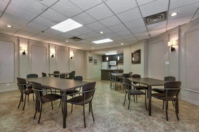 Condo Apartment at 415 Locust St, Unit 1103, Burlington, Ontario. Image 13
