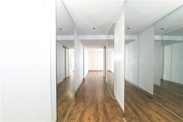 Condo Apartment at 2045 Lake Shore Blvd W, Unit 2307, Toronto, Ontario. Image 14