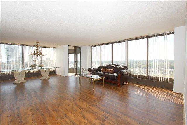 Condo Apartment at 2045 Lake Shore Blvd W, Unit 2307, Toronto, Ontario. Image 16