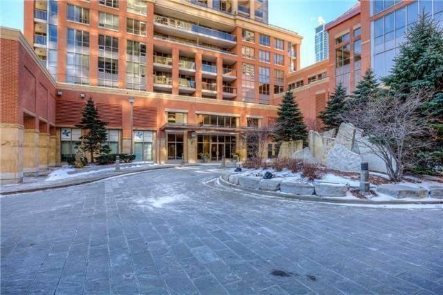 Condo Apartment at 4080 Living Arts Dr, Unit 1801, Mississauga, Ontario. Image 12