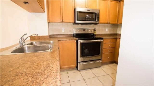 Condo Apartment at 4080 Living Arts Dr, Unit 1801, Mississauga, Ontario. Image 19