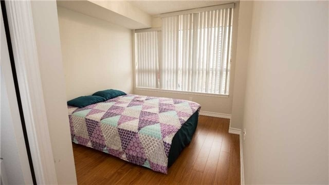 Condo Apartment at 4080 Living Arts Dr, Unit 1801, Mississauga, Ontario. Image 20