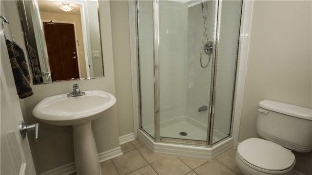 Condo Apartment at 4080 Living Arts Dr, Unit 1801, Mississauga, Ontario. Image 7