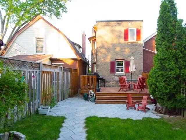Detached at 18 Milton St, Toronto, Ontario. Image 10
