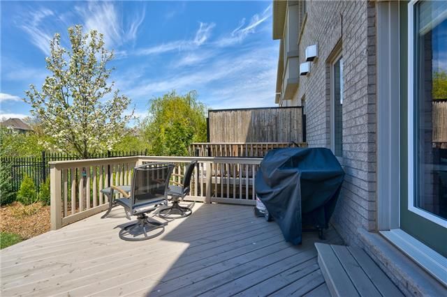 Townhouse at , Ontario. Image 10