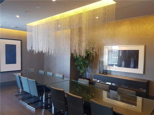 Condo Apartment at 55 Speers Rd, Unit 305, Oakville, Ontario. Image 6