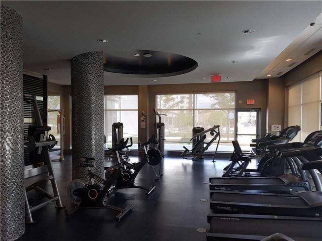 Condo Apartment at 55 Speers Rd, Unit 305, Oakville, Ontario. Image 10