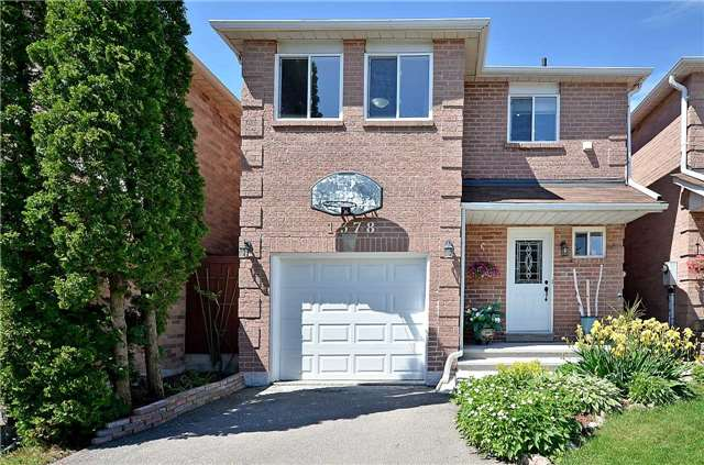 Link at 1378 Hazel Mccleary Dr, Oakville, Ontario. Image 1