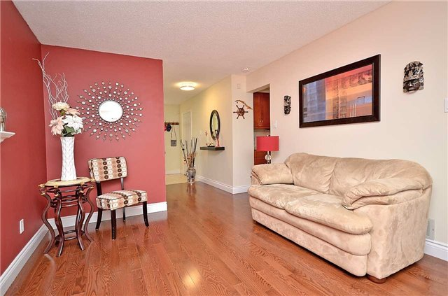 Link at 1378 Hazel Mccleary Dr, Oakville, Ontario. Image 18