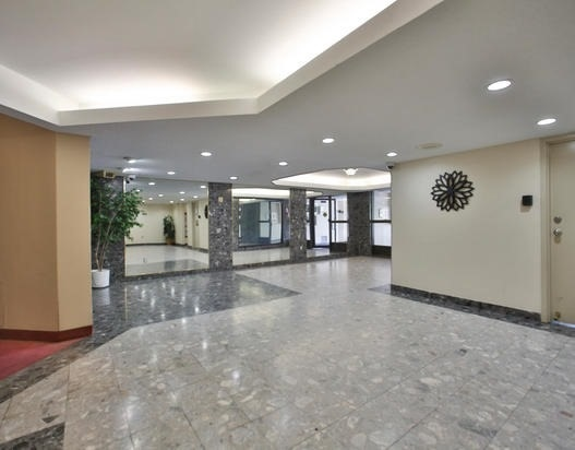 Condo Apartment at 238 Albion Rd, Unit #1505, Toronto, Ontario. Image 10
