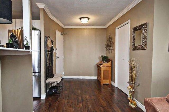 Condo Apartment at 81 Millside Dr, Unit Ph 1, Milton, Ontario. Image 12