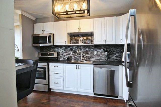 Condo Apartment at 81 Millside Dr, Unit Ph 1, Milton, Ontario. Image 14