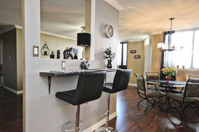 Condo Apartment at 81 Millside Dr, Unit Ph 1, Milton, Ontario. Image 17