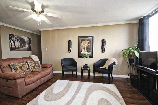 Condo Apartment at 81 Millside Dr, Unit Ph 1, Milton, Ontario. Image 19