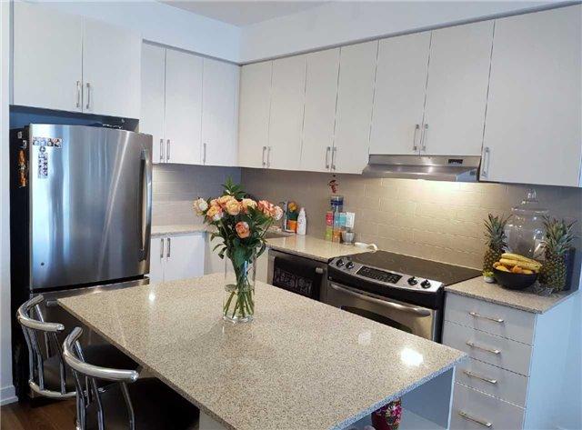 Condo Apartment at 2560 Eglinton Ave W, Unit 1006, Mississauga, Ontario. Image 13