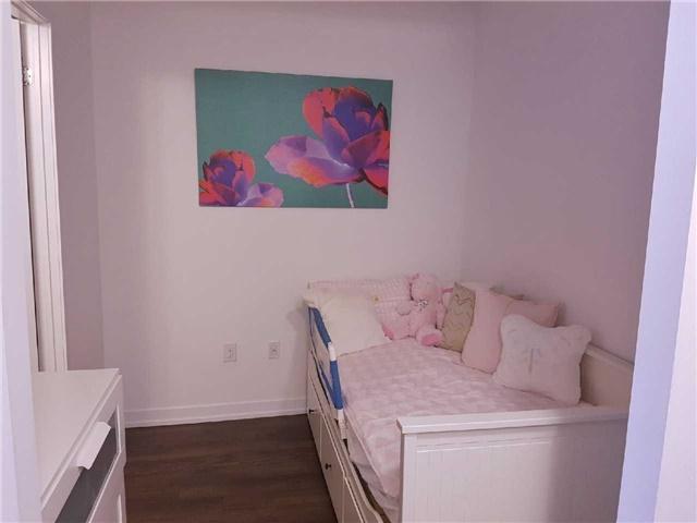 Condo Apartment at 2560 Eglinton Ave W, Unit 1006, Mississauga, Ontario. Image 17
