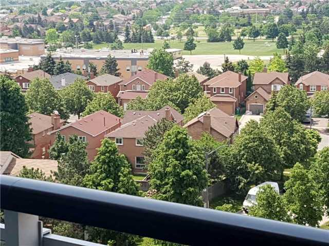 Condo Apartment at 2560 Eglinton Ave W, Unit 1006, Mississauga, Ontario. Image 6