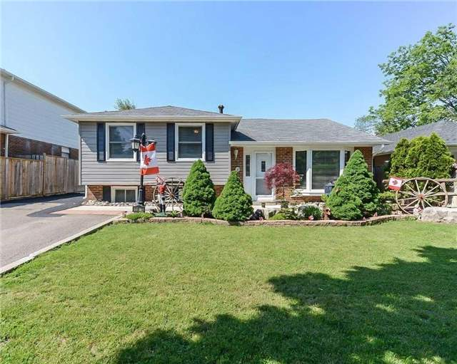 Detached at 110 Mountainview Rd, Halton Hills, Ontario. Image 1