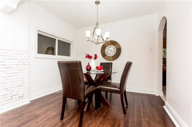 Detached at 584 Ridelle Ave, Toronto, Ontario. Image 16