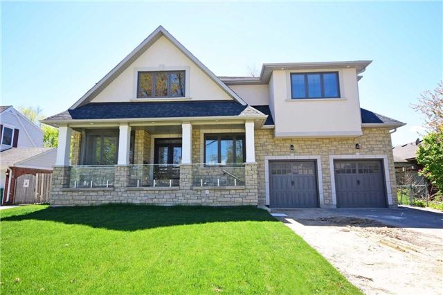Detached at 2038 Pear Tree Dr, Mississauga, Ontario. Image 1