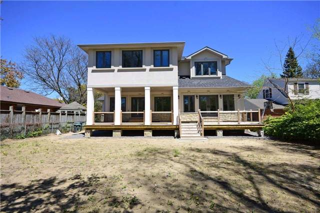 Detached at 2038 Pear Tree Dr, Mississauga, Ontario. Image 11