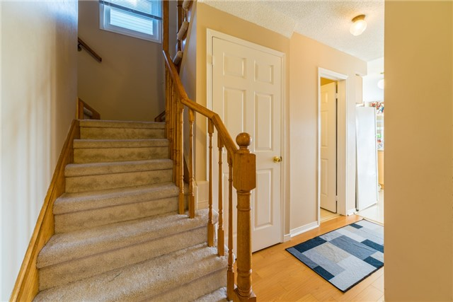 Townhouse at 134 Cutters Cres, Brampton, Ontario. Image 7