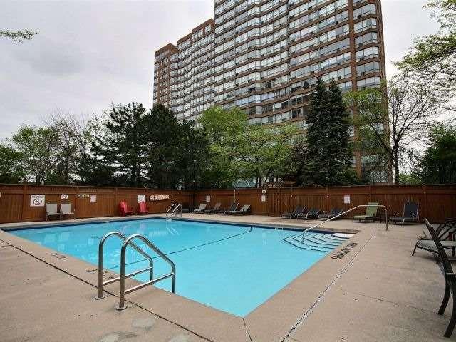 Condo Apartment at 1276 Maple Crossing Blvd, Unit Ph 6, Burlington, Ontario. Image 1