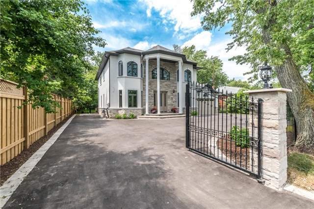 Detached at 1379 Rebecca St, Oakville, Ontario. Image 1